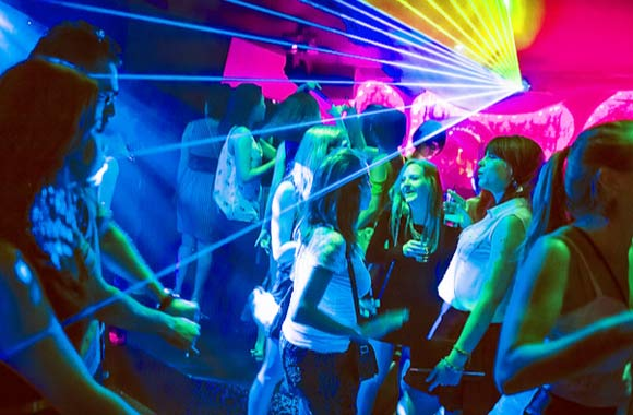 Night Life and Night Clubs in Doha Qatar