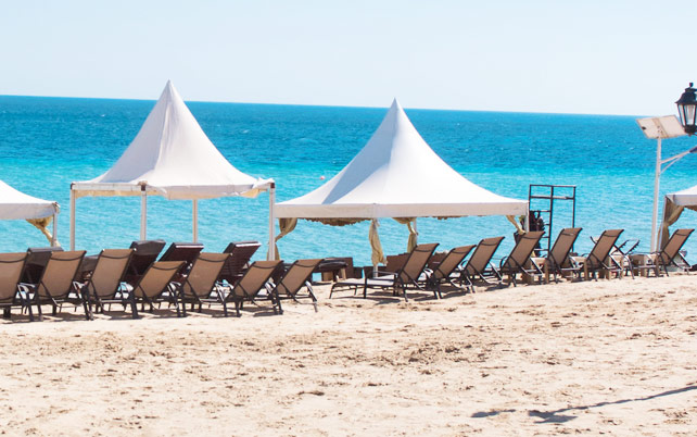 popular qatar beaches